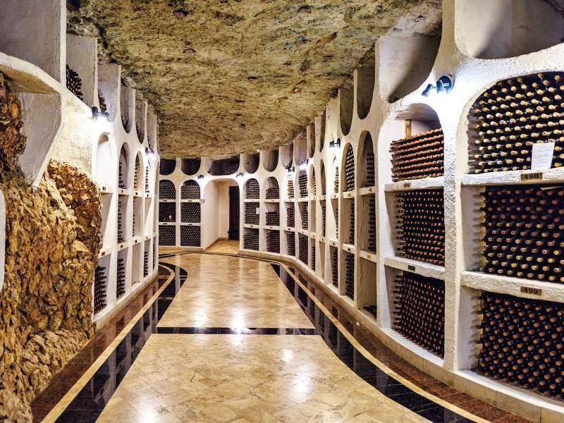 Depozitarea vinului din Cricova