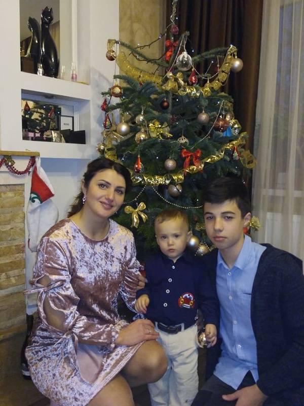 Weihnachten mit Mutter und Bruder